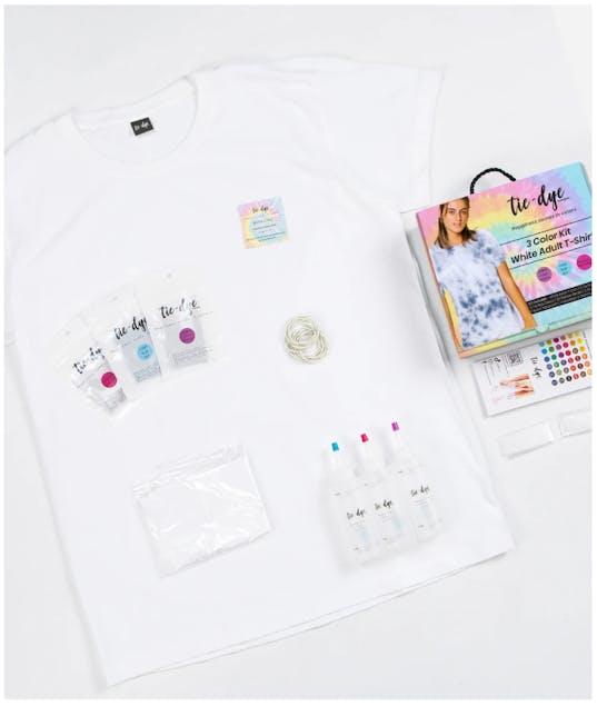 FUNKY FISH - Tie - Dye Kit Χρωματισμού T-shirt Adults x2 t-shirts + 3 Color kits 300-30068 (Yellow - Blue - Pink)